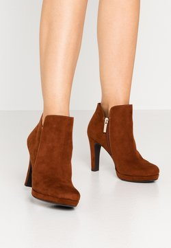 Tamaris - High heeled ankle boots - brandy