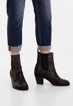 Desigual - Stiefelette - black