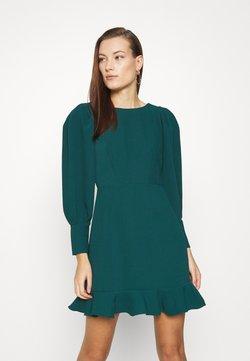 Closet - PEP HEM PENCIL DRESS - Vestido de tubo - forest green