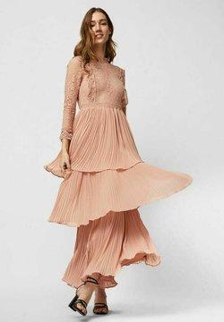Vero Moda - Vapaa-ajan mekko - misty rose