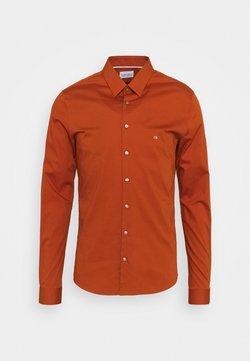 Calvin Klein Tailored - LOGO STRETCH EXTRA SLIM - Businesshemd - brown