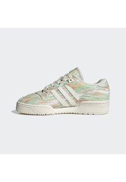 adidas Originals - RIVALRY - Trainers - chalk white chalk white frozen green