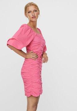 Vero Moda - Cocktailkleid/festliches Kleid - hot pink