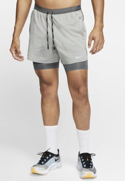 Nike Performance - Pantalón corto de deporte - iron grey/iron grey/heather
