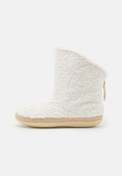 TOMS - INEZ - Korte laarzen - natural