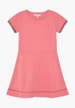 Tommy Hilfiger - ESSENTIAL SKATER - Jerseykleid - pink