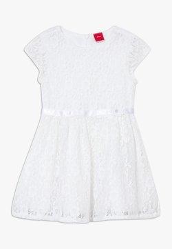 s.Oliver - KURZ - Vestido de cóctel - white