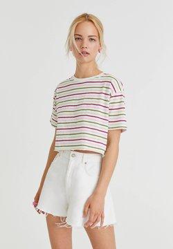 PULL&BEAR - MIT SCHMALEN STREIFEN - T-Shirt print - white