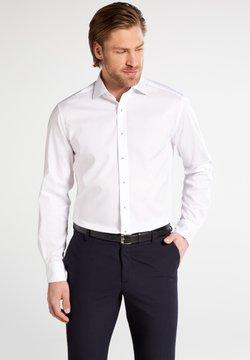 Eterna - FITTED WAIST - Businesshemd - weiß