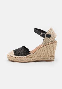 XTI - High heels - black