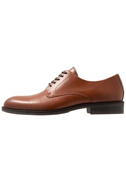 Selected Homme - SLHLOUIS DERBY SHOE - Business-Schnürer - cognac