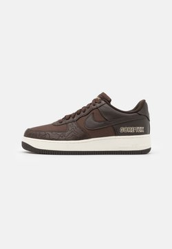 Nike Sportswear - AIR FORCE 1 GTX UNISEX - Sneaker low - baroque brown/seal brown/team gold/sail