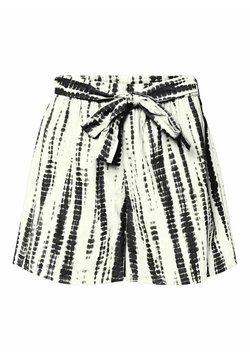 Vero Moda - Shorts - snow white