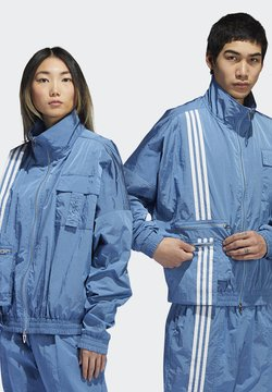adidas Originals - IVY PARK NYLON TRACK JACKET (ALL GENDER) - Trainingsjacke - light blue