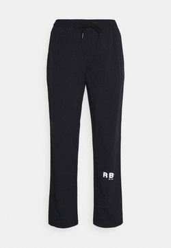 Redefined Rebel - RRHAYDEN PANTS - Jogginghose - black