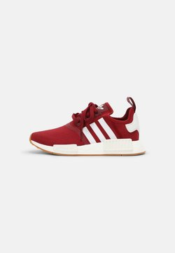 adidas Originals - NMD R1 UNISEX - Sneaker low - collegiate burgundy/white/gum