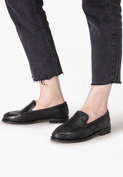 Inuovo - Loafers - black