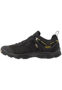 Keen - VENTURE WP - Outdoorschoenen - black/yellow