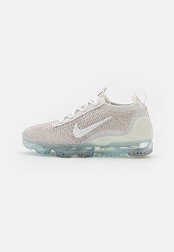 Nike Sportswear - AIR MAX VAPORMAX FK - Sneakers - light bone/white/phantom/metallic silver