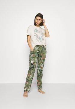 Triumph - Pyjama - sage green