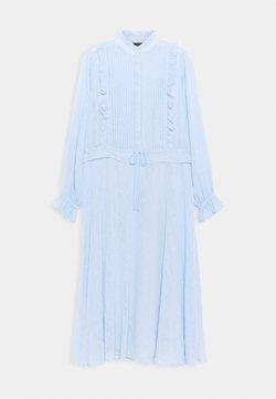 Bruuns Bazaar - NETTLE THERESE DRESS 2-IN-1 - Vestido camisero - sky