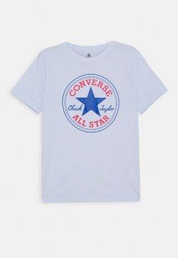 Converse - CORE CHUCK PATCH TEE  - T-shirt z nadrukiem - porpoise
