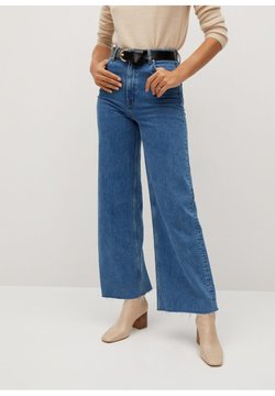 Mango - CASILDA - Flared Jeans - mittelblau