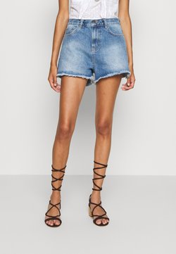 Nly by Nelly - CHEEKY FIT - Jeans Shorts - light blue denim