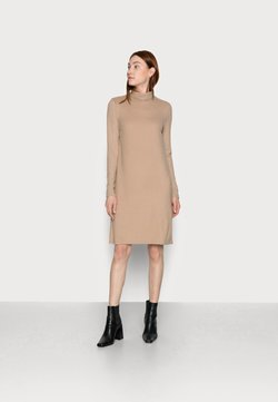 PIECES Tall - PCPAM HIGH NECK DRESS - Neulemekko - warm taupe