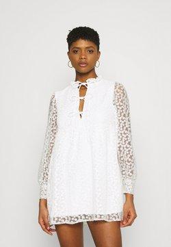 Gina Tricot - DEA DRESS - Cocktailkleid/festliches Kleid - off-white