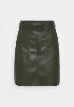 Esqualo - SKIRT FANCY WAISTBELT - Mini skirt - green