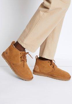 UGG - NEUMEL - Ankle boots - chestnut
