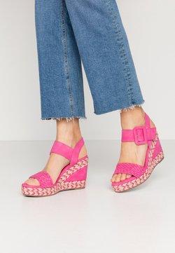 XTI - Sandalen met hoge hak - fucsia