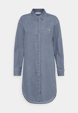 Marc O'Polo - DRESS CUFFED SLEEVES - Blusenkleid - blue denim