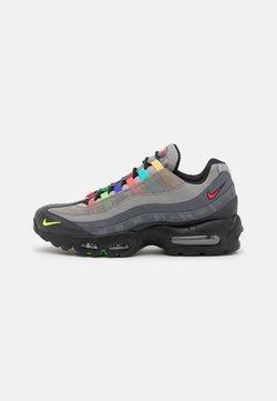 Nike Sportswear - AIR MAX 95 SE UNISEX - Sneakers basse - light charcoal/university red/black