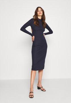 Glamorous Tall - OPEN BACK BODYCON DRESS - Sukienka dzianinowa - navy