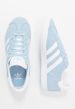 adidas Originals - GAZELLE - Sneaker low - clear sky/footwear white/gold metallic