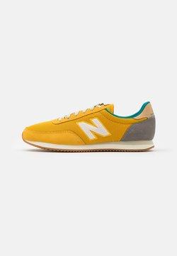 New Balance - 720 UNISEX - Sneaker low - yellow