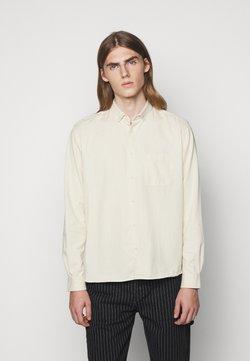 YMC You Must Create - DEAN SHIRT - Overhemd - ecru