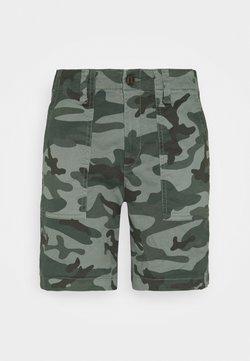 GAP - UTILITY - Shorts - green