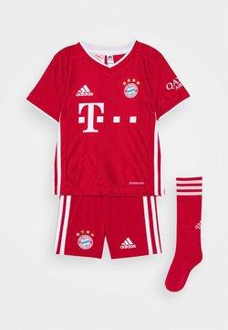 adidas Performance - FC BAYERN MUENCHEN SPORTS FOOTBALL MINIKIT SET - kurze Sporthose - fcb true red