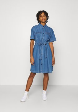 Tommy Jeans - SHIRTDRESS - Denim dress - denim light