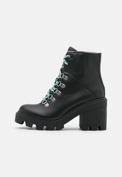 Tommy Jeans - LACE UP MID HEEL BOOT - Stivaletti stringati - black