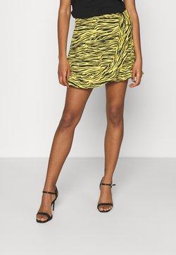 NIKKIE - ROXY SKORT - Shorts - bamboo