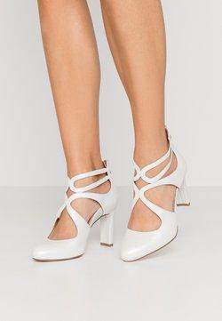 Tamaris Heart & Sole - SLIP-ON - Classic heels - white pearl