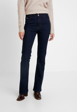Wallis Tall - ESTHER BOOTCUT - Bootcut jeans - indigo