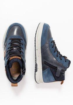 Geox - ASTUTO BOY - Sneaker high - navy/orange