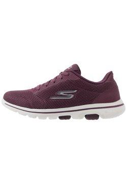 Skechers Performance - GO WALK 5 - Zapatillas para caminar - burgundy