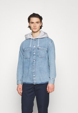 Tommy Jeans - HOODIE OVERSHIRT - Camicia - denim light