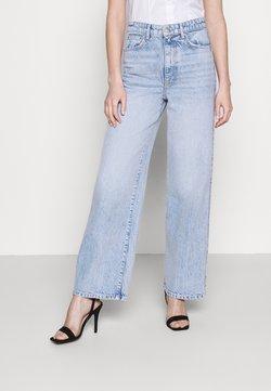Gina Tricot - IDUN WIDE - Jeans a zampa - bleached blue